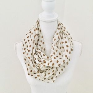 INFINITY SCARF Off White/Gold 25 x30 Cotton